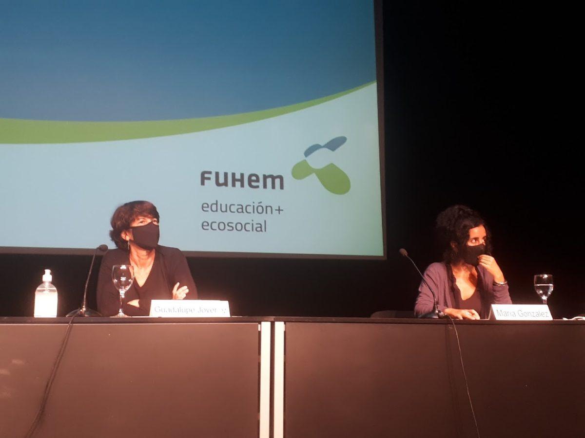 Guadalupe Jover y María González en la conferencia de la Jornada Inaugural FUHEM